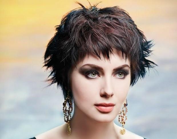 I tagli capelli per un viso allungato - Benessereblog