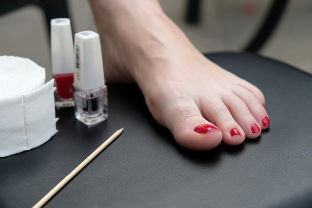 Pedicure perfetta fatta in casa in 5 step