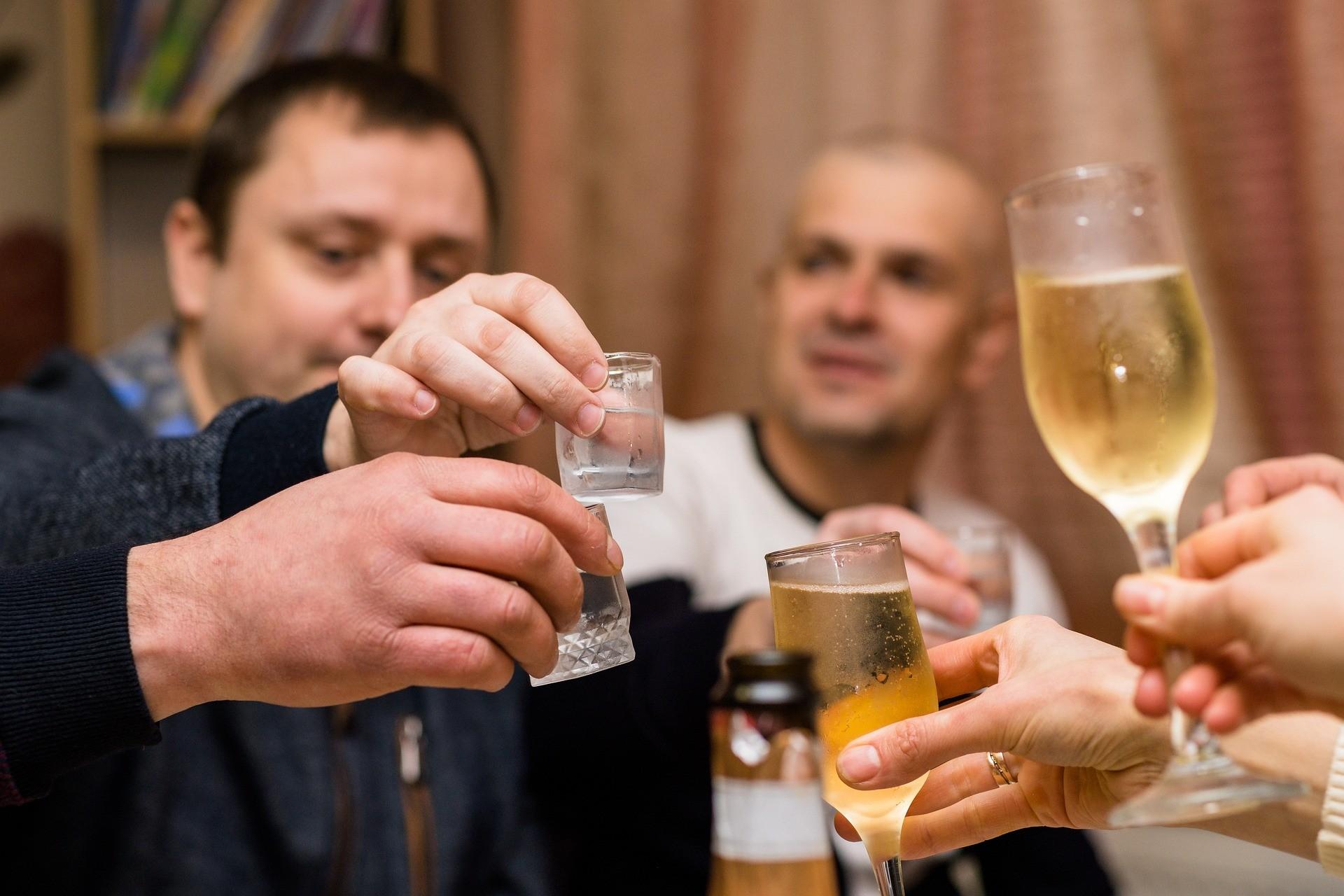 Tumori causati dall'alcol