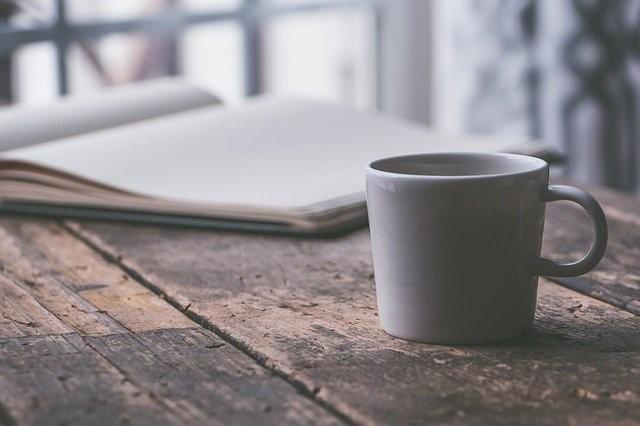 Caffè di cicoria, benefici e controindicazioni