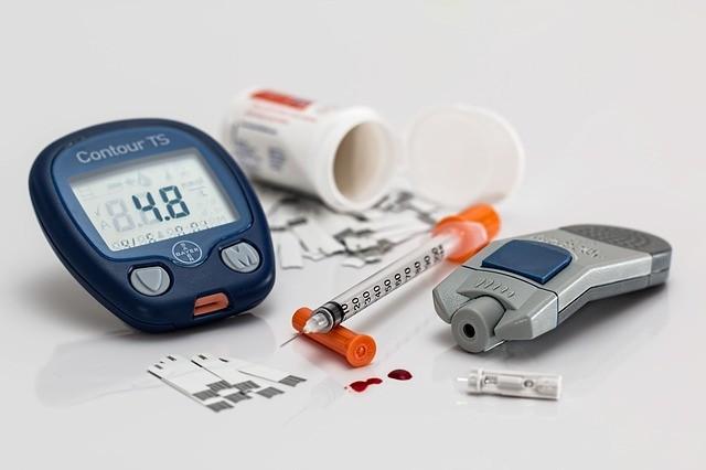 Farmaci per diabete: insulina, ipoglicemizzanti e terapie naturali