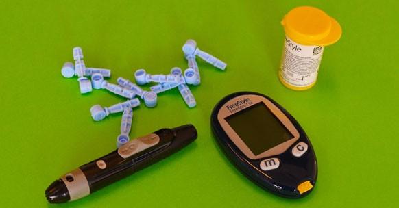 diabete automonitoraggio glicemia